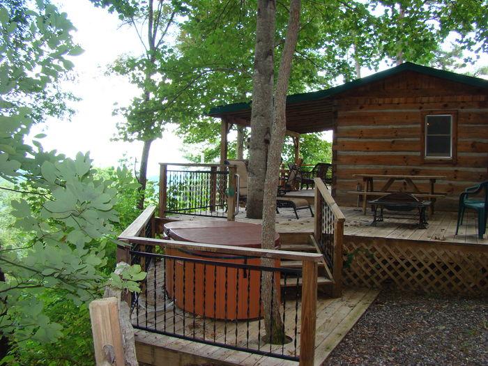 View Bear Hug Cabin  Romantic 1 Bedroom
