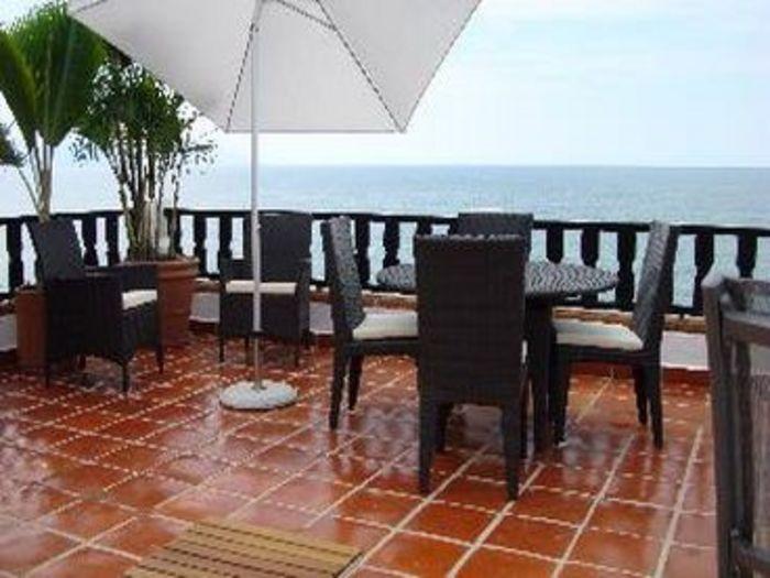View Casa De La Laguna Los Muertos