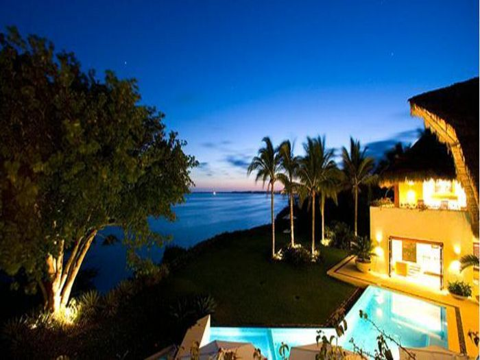 View Casa Familia
