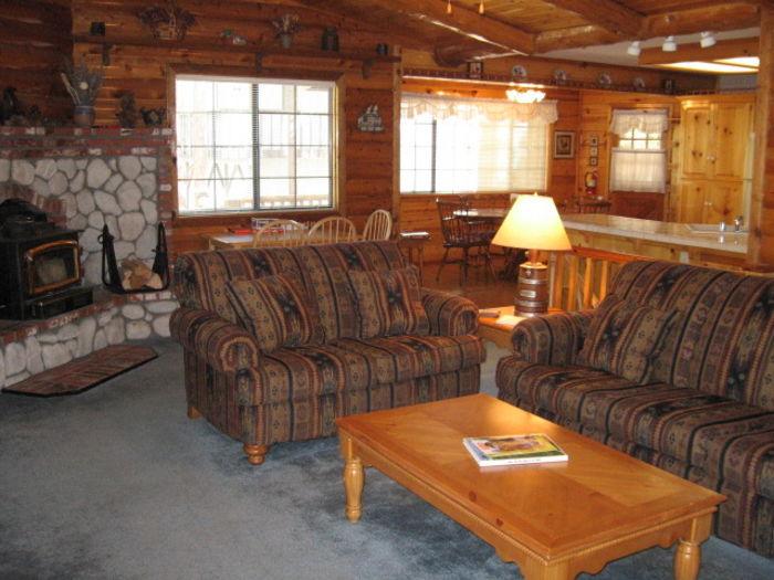 Big bear lake california cool for Log cabins in big bear