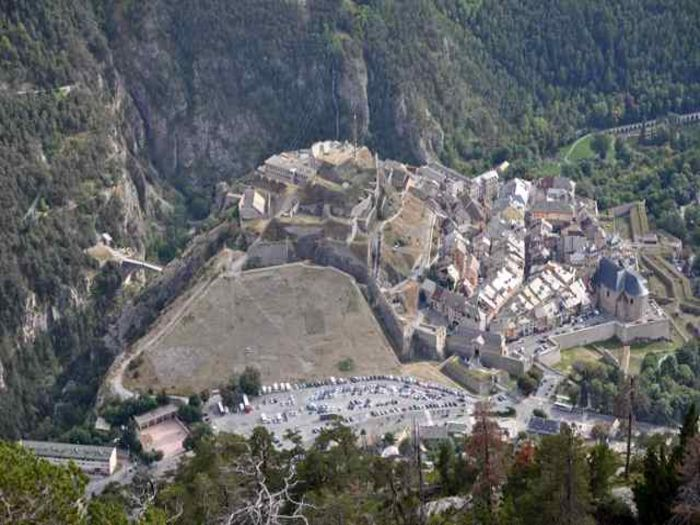 View 1 Bedroom in the Heart of Old Briancon