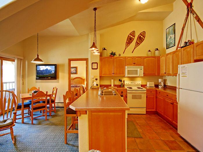 View Hidden River Lodge 5996
