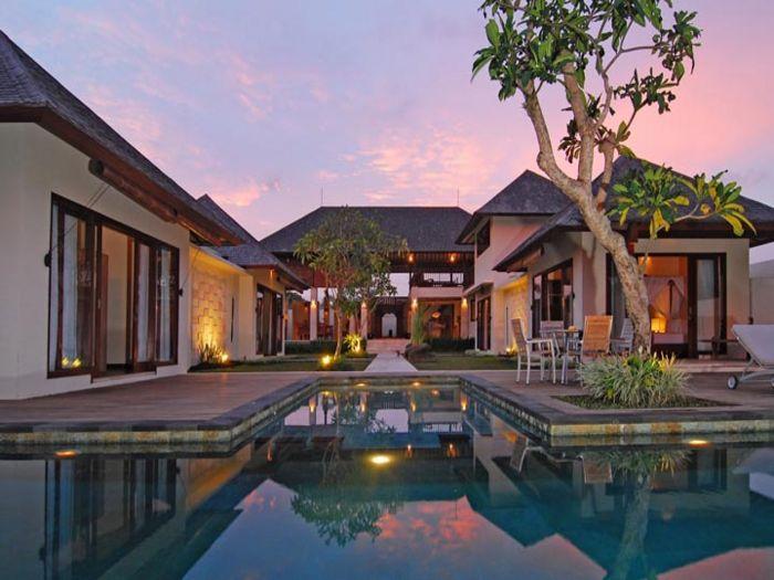 View Villa Nelayan