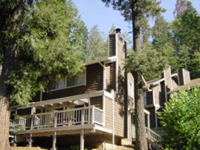 View Lake Arrowhead Chalets