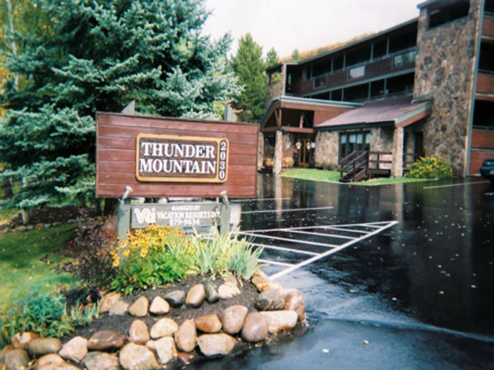 View Thunder Mountain Resort