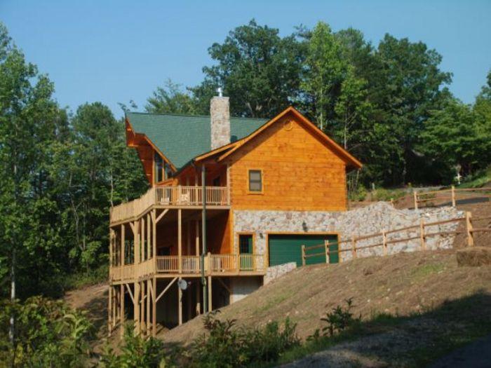 View Pinnacle Peaks Lodge