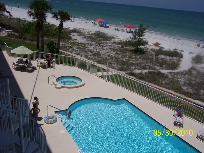View Upscale FlorIda Beach Condo with