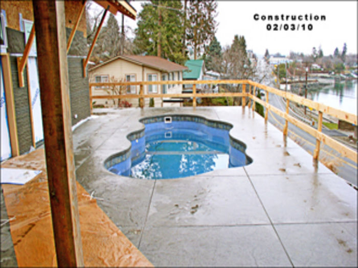 View Chelan Pool House