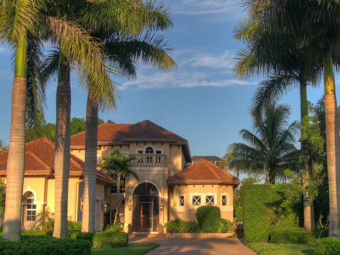 View Naples Luxury Waterfront Villa