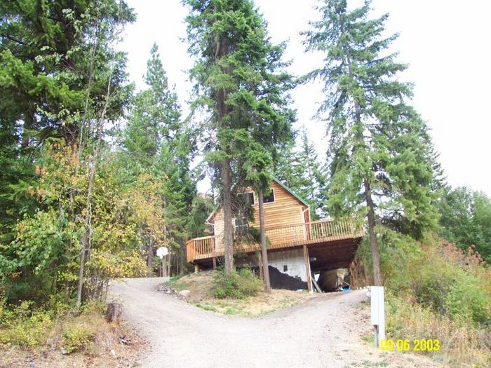 View Cedar Cabin with Lakeview near