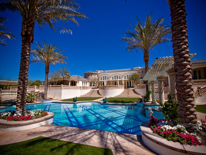 View The Pallazo  Ultra Luxury Estate