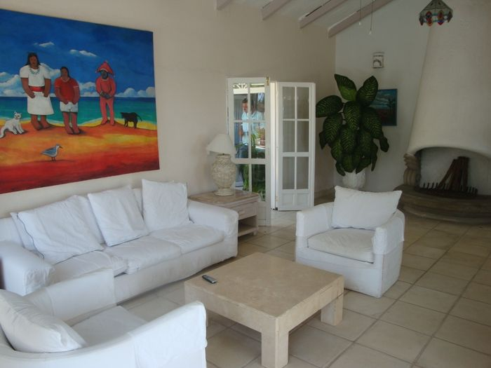 View Beautiful Beachfront Villa 139