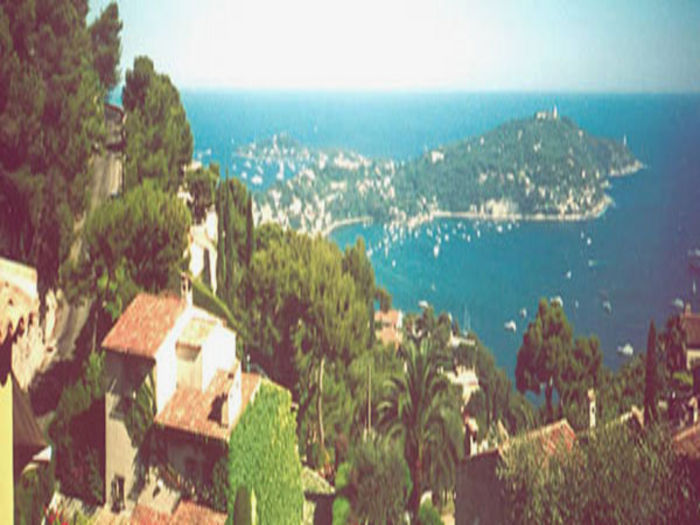 View Cannes Villa Snooker just on the
