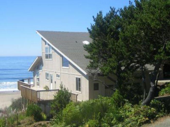 View Annas Beach House  OCEANFRONT