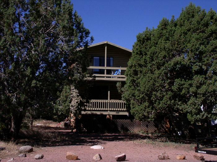 View Gunsight Ridge Guest House