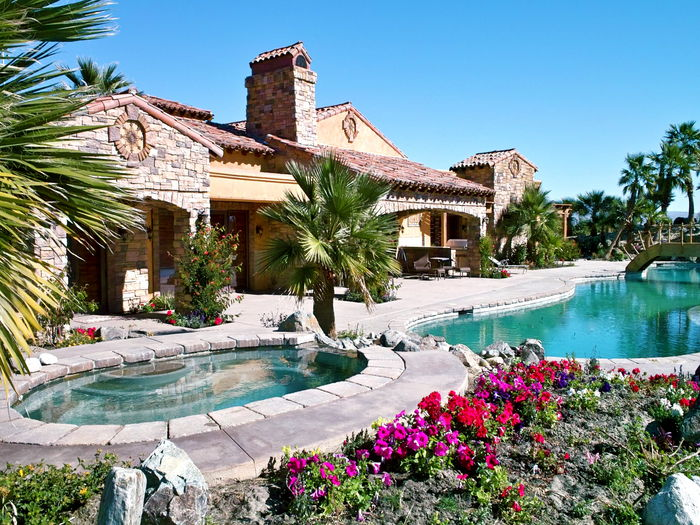 View Desert Ridge Estate