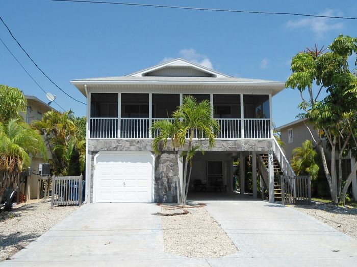 View 2 Bed 2 Bath Beach Home with