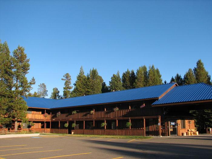 View Willamette Pass Inn
