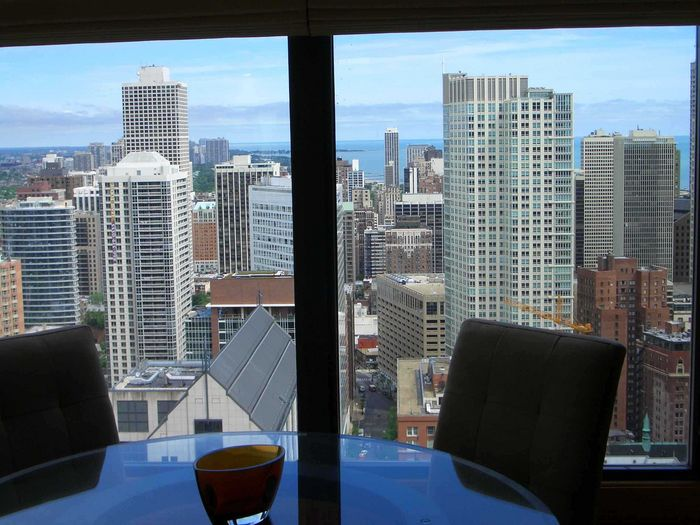 View Chicago Gold Coast Condo w Views
