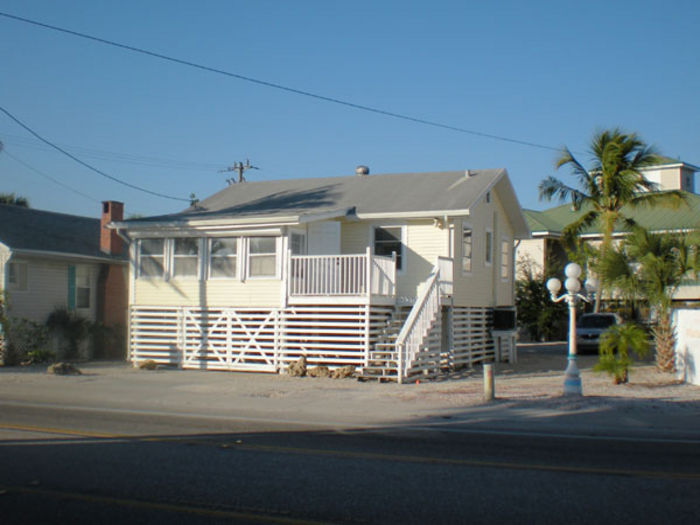 View Beach Cottage2 BedroomPets