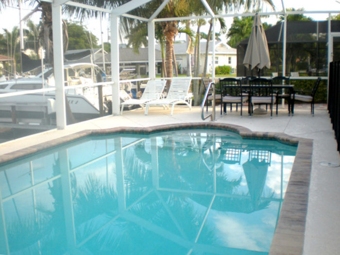 View Weekly Rental Pool Home 3 Bed2