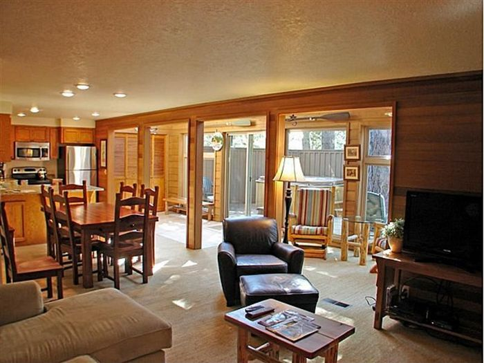 View Cozy 3BD2BA Home3rd nt FreeDogs