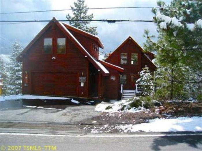 View Tahoe Donner Ski Cabin