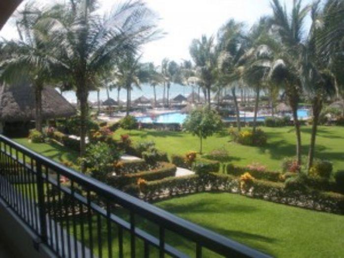View Condo Playa Royal