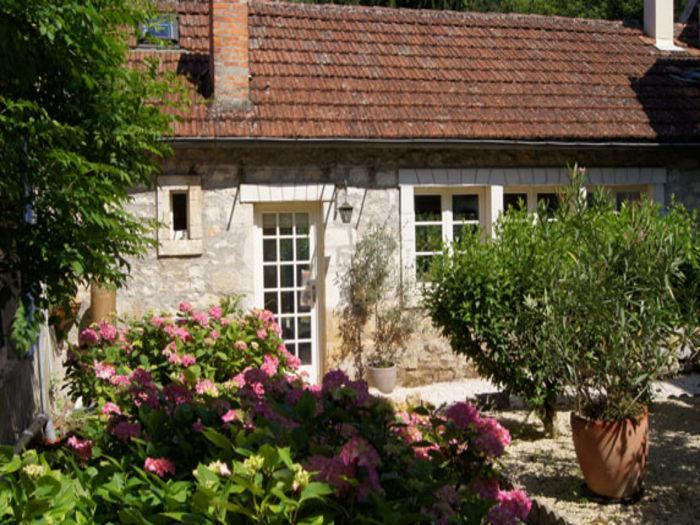 View Le Prieure
