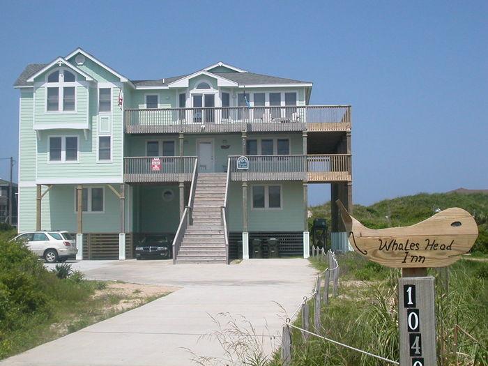 View SN785 A Whales Head Inn