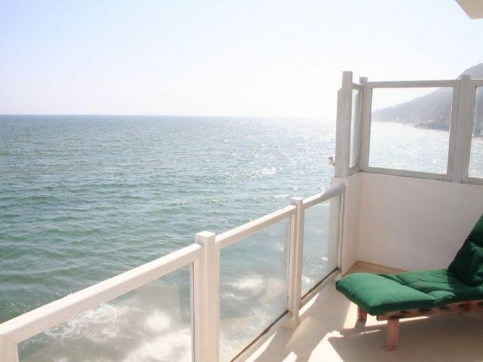 View Modern Malibu
