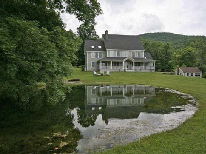 View Pleasant Valley Farm