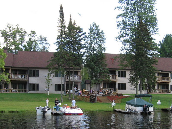View Peshtigo River Vacation Rentals