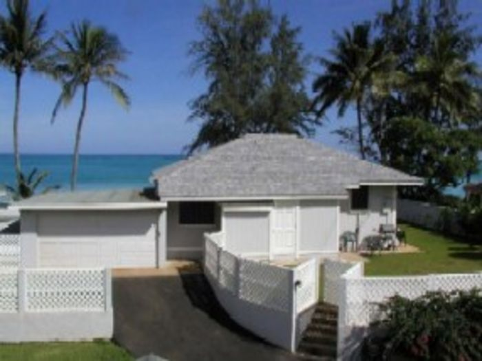 View 2 Bedroom Aloha Beachfront and