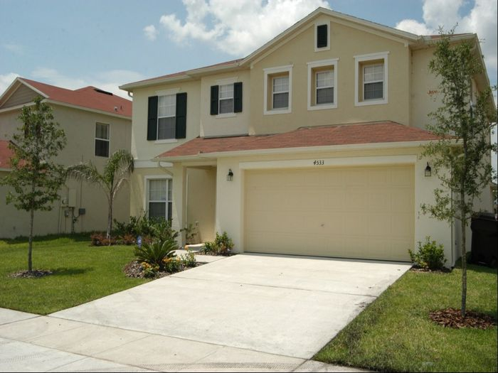 View Luxury Bed Home near Disney