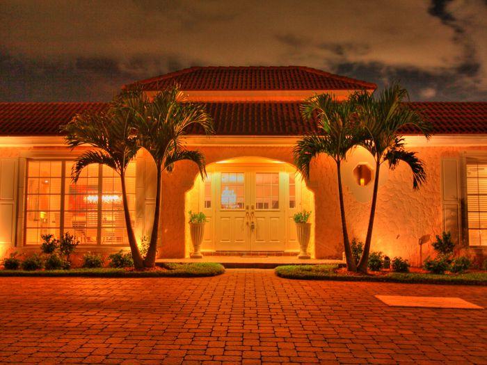 View Luxury Villa walking distance