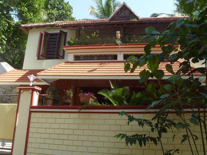 View Dinu Bhavan