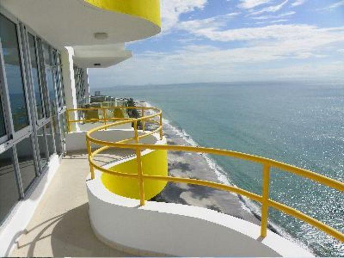 View Coronado Bay 2101