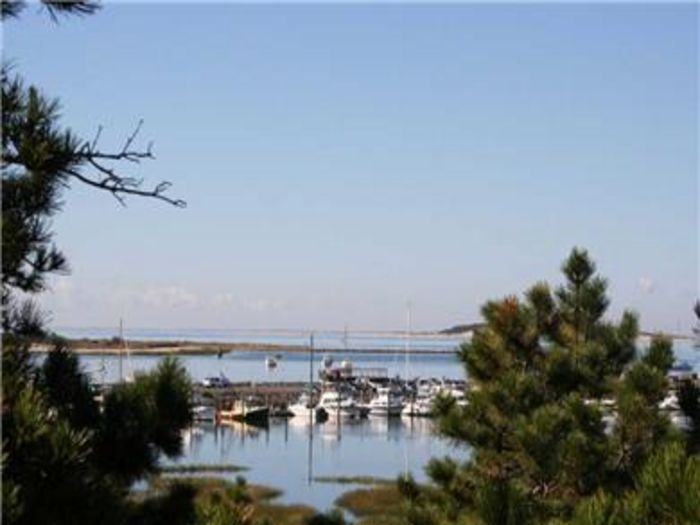 View Spectacular Waterfront with Wellfleet