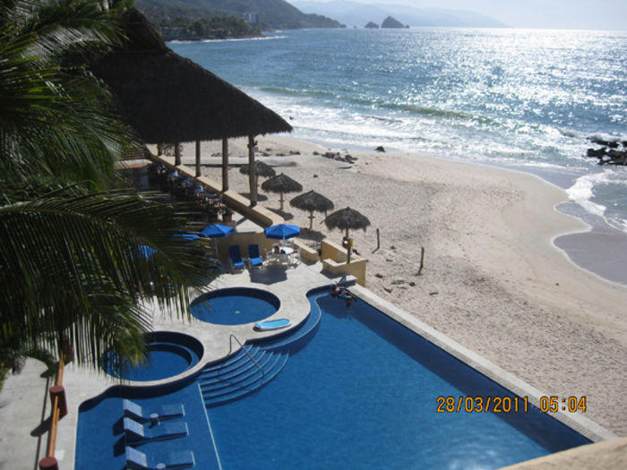 View Oceanfront Luxury CondoPuerto