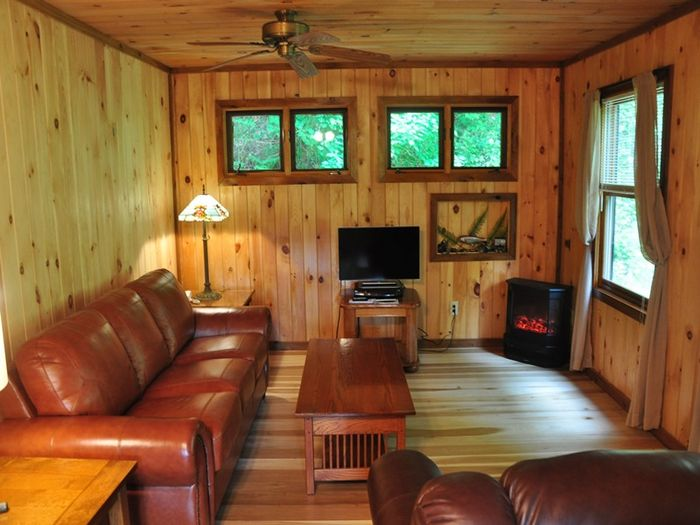 View Dragon Fly Cabin  Secluded on