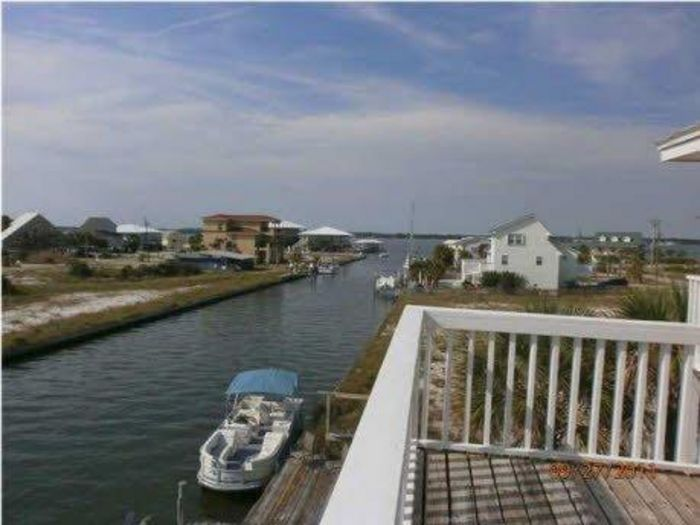 View Navarre Beach 3BR Canal Front