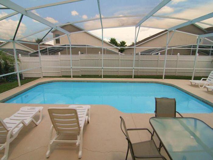 View 3400 sqft 3 Master Suites