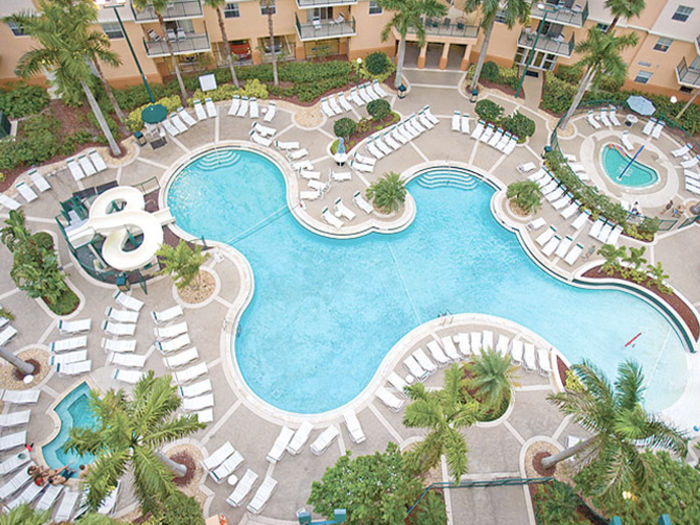 View Wyndham Palm Aire Condo Vacation