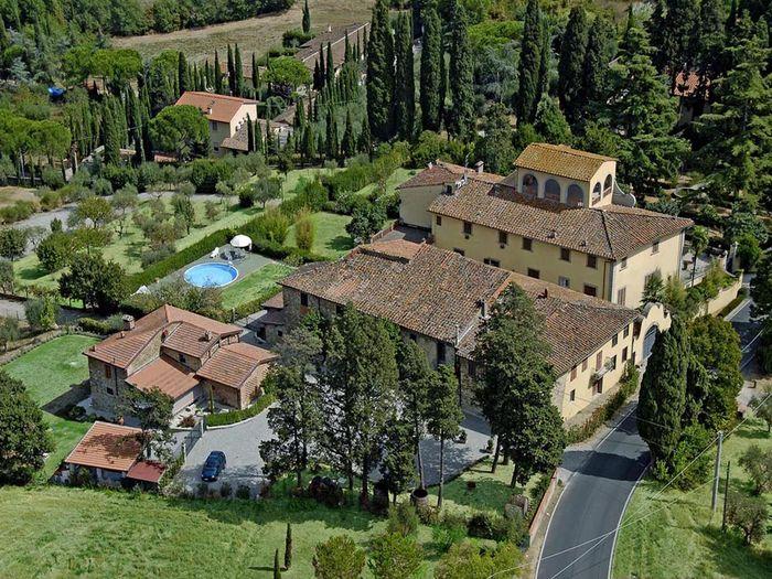 View BB Villa Le Farnete