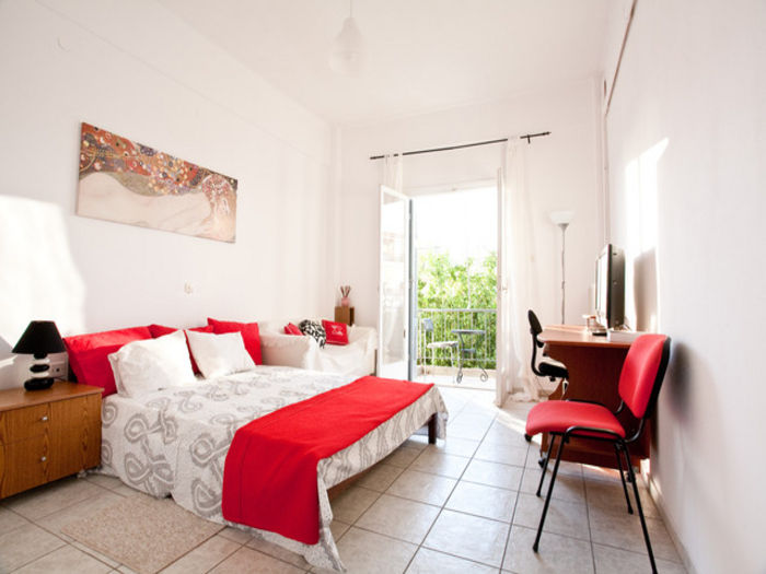 View Athens metro cosy apartment close