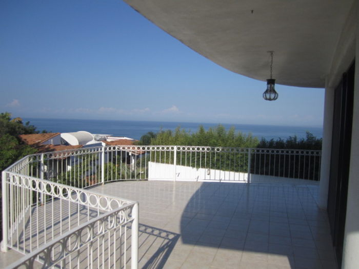 View Condo Estella 4 Bedrooms