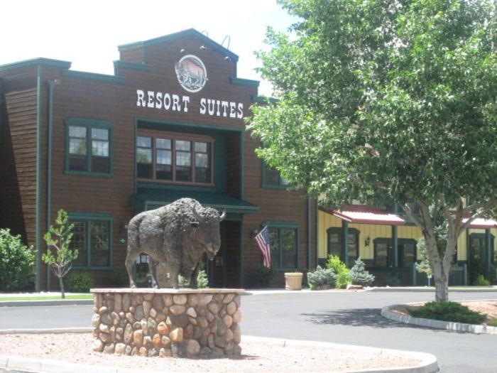 View End Unit Vacation Condo Bison