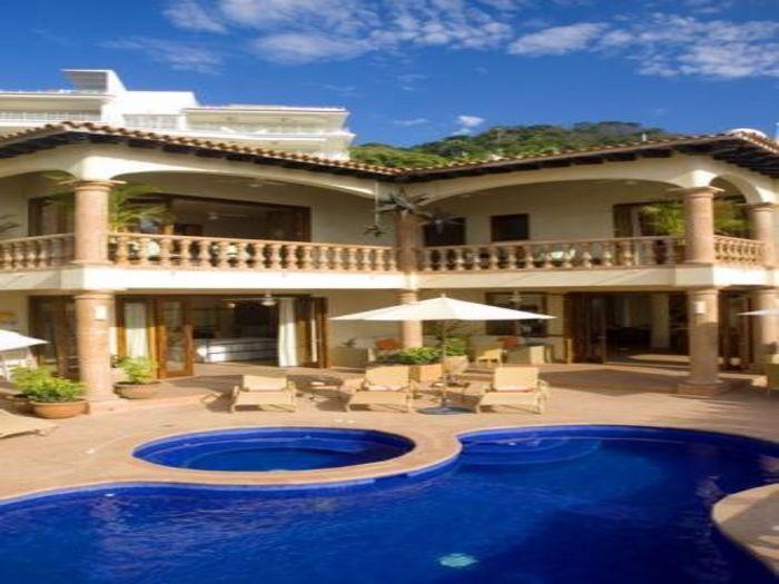 View Villa Encantade