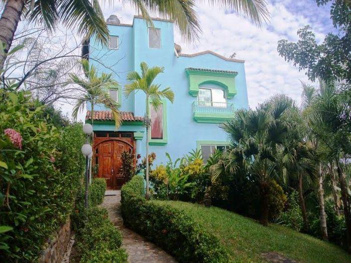 View Casa Bugambilia
